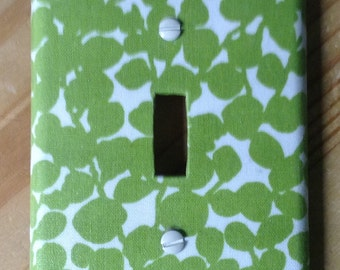Spring buds switch plate cover