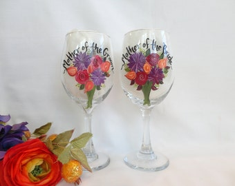 Hand Painted Wine Glasses - Bridal Party Glassware - Bridesmaid Champagne Glasses - Hand Painted Bridal Glassware