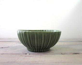 Vintage Green Pottery Planter Haeger USA