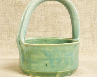 Basket , Pottery Basket , Ceramic Basket , Bear , Handmade , Celadon Green , Bowl , Handle , Studio Pottery , Studio Ceramics , Ceramics