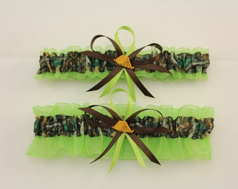 Lime Green and Camouflage Wedding Garter Set with Tent Deco. Mossy Oak Realtree  (Your Choice, Single or Set)