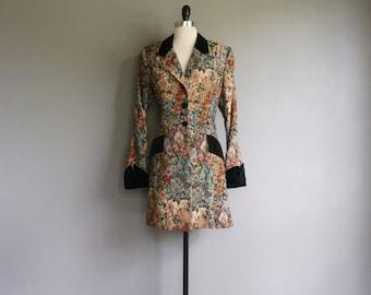 Vintage FLORAL Brocade VELVET Trim Coat 90s Style (s)