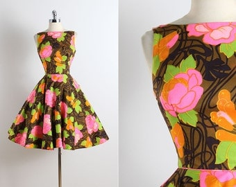 Vintage 50s Dress | vintage 1950s dress | open back floral cotton xs