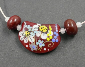 Flower bead , lampwork glass bead , artisan lampwork with flowers, red glass bead set