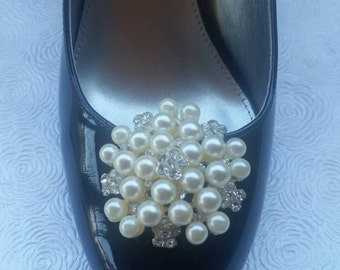 Pearl and Rhinestone Wedding Shoe Clips, Bridesmaid Clips, Mother of Bride