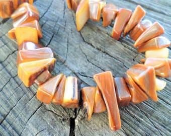 Shell Chip Beads 7 Inch Strand 10-25mm