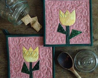 Pair of Tulip Potholders