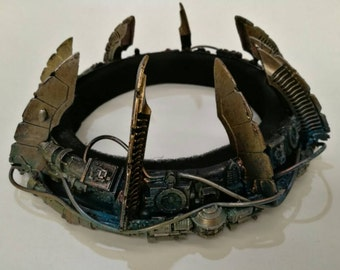 Steampunk crown.