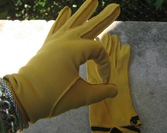 My Hands Look Great Vintage Mustard Yellow Black Driving  Gloves