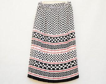 Vintage 80s-90s Factory Pleated Polka Dot Skirt High Fashion Retro