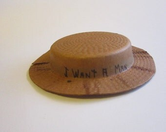 vintage paper party hat - I WANT a MAN - rare paper party hat - 5 inches wide - as is - made in Germany