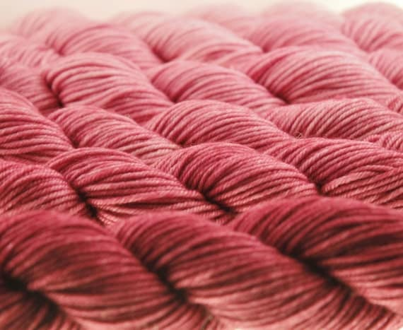 ombre mini skeins dk or fingering gradient yarn marsala 600 yards from juneprycefiberarts on. Black Bedroom Furniture Sets. Home Design Ideas