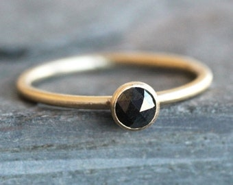 Black Diamond Ring -14K Solid Gold Band - 4mm Rose Cut Diamond (Size 3 - 9)