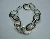 """Vintage Silver Tone chain Bracelet Signed Monet  8"""""""