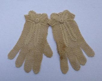 Vintage Crocheted Irish Lace Gloves