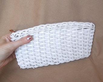 END of SUMMER SALE Summertime...Vintage White Clutch Purse, Woven Plastic Basketweave, Evening Bag, 60's 70's