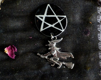 Witchy brooch, witch pin, witch button, pentacle pentagram, black and white, occult, star pin, charm pin