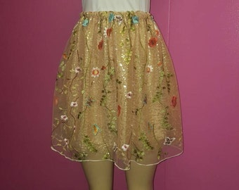 Floral embroidered gathered skirt