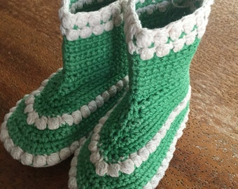 Vintage Handmade Green and White Childs Knit Crocheted Slipper Ankle Boots Made in 1944 Christmas Colors