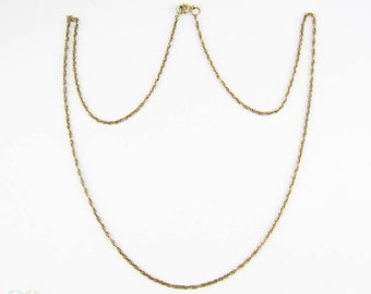 Vintage 9 Carat Gold Chain, Classic Rope Style Link Chain Necklace for Pendant. 56 cm / 22 inches long, 2.9 grams.