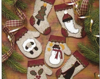 Wool Applique Pattern and Kit, Christmas Woolens, Christmas Ornaments, Wool Applique, Rachel's of Greenfield, PATTERN AND KIT