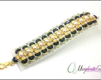 Irina bracelet pattern. Tutorial: how to make a bracelet with beads. pdf file step by step tutorial (arcos, groovy tiles and swarovski)