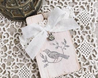 Bird Wood Tag-Hanger-Bird Gift Tag