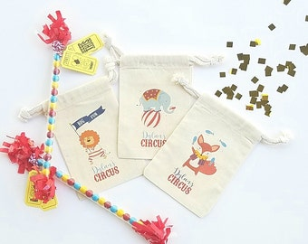 CIRCUS ANIMALS - Personalized Favor Bags - Set of 10 - Birthday - Baby Shower - Lion - Elephant - Seal - Monkey - fox