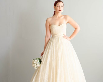 Vintage 1950s Wedding Gown - Strapless 50s Wedding Dress - Martinique Wedding Dress