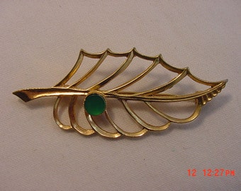 Vintage Abstract Leaf Brooch   16 - 513