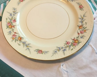 Vintage Luncheon Plate Cashmere Eggshell Georgian G3391 Homer Laughlin Made in The USA #3880