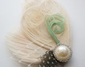 Champagne Ivory Mint Green Peacock Guinea Feather Bride Hair Clip Bridesmaid Wedding Prom Fascinator Headpiece TARA Veiling Pearl Rhinestone