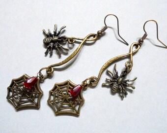 Brass Spider Web Earrings (2993)