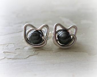 Black Cat Stud Earrings,Sterling Silver Posts, Tiny Cat Posts, Kitty Stud Earrings, Hematite Studs,Cat Jewelry, Kitty Cat,Cat Post Earrings