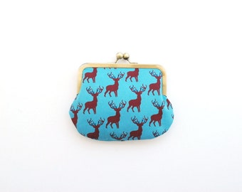 small deer purse. purse for girl. kids purse. deer. wildlife