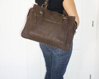 Leather handbag tote handbag cross-body bag Rina XXL in mocha brown fits a 17 inches laptop