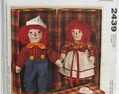 "Raggedy Ann and Andy 20"" Dolls and Clothes and Carrying Case McCall's 2439 Sewing Pattern Cut and Complete"