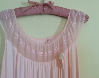 Vintage blush pink nightie