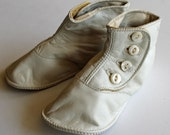 Absolutely Adorable Vintage Antique Baby Shoes BOOTIES...Very Fine Leather...Mother of Pearl Buttons...Marked Swan...Size 2