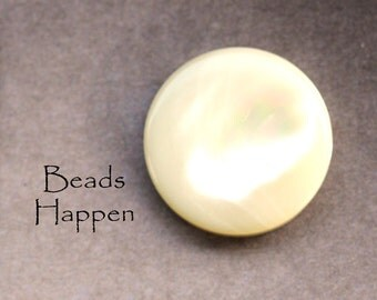 3/4 inch 18mm Round VINTAGE MOP Mother of Pearl Cabochons, Flat Backs, Quantity 1