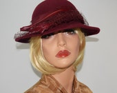 Vintage MICHAEL HOWARD Burgundy Wool Hat w/ Rhinestone Feather Accent - Size S/M
