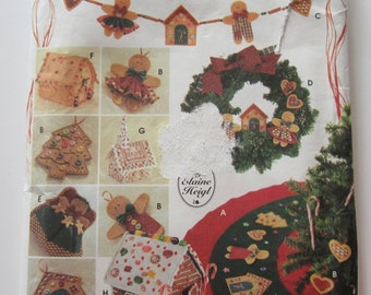 UNCUT Simplicity Crafts 9768 Gingerbread Tree Topper, Ornaments, Tree Skirt, Swag, Wreath,House and Church