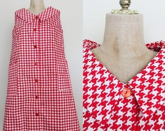 40% OFF 1970's Houndstooth Tent Dress with Side Pockets Button Up Vintage Dress  Sz M/L by Maeberry Vintage