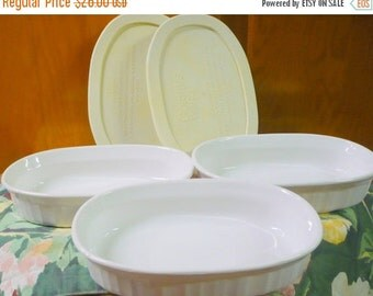 Save 10% 3 - Corning Ware - French White Casserettes W/ 2 Lids  - ( Oval ) - Baking Dishes - F 15 B
