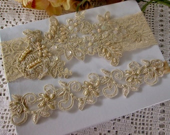 Gold garter set, Gold pearl beaded lace wedding garter set, champagne gold garter set.