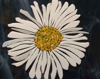 "12x12"" Stained Glass Mosaic Daisy"