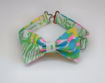 Boy's Lilly Bow Tie in multi Hibiscus Stroll, father/son matching ties, wedding accessory, toddler bow tie, ring bearer bow tie, floral tie
