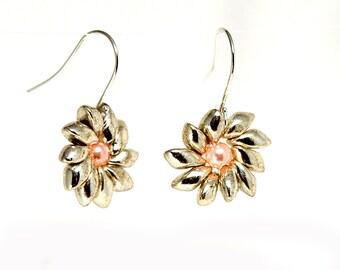 Daisy Shape Silver Earrings, Magatama Miyuki Silver Seed Beads Earring, Pale Pink Glass Handmade Round Beads, Baroque Earrings