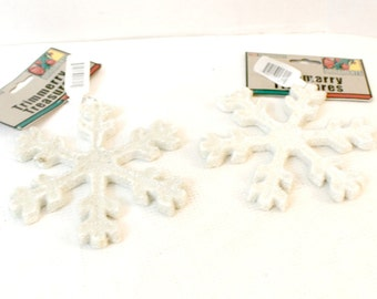 set of 2 White snowflake Christmas tree ornaments wreath decor craft supply