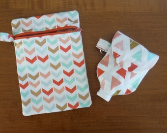 Zippered Pouch and Hand Sanitizer Holder Set - Purse Acessories - Tampon pouch - Make UP Bag